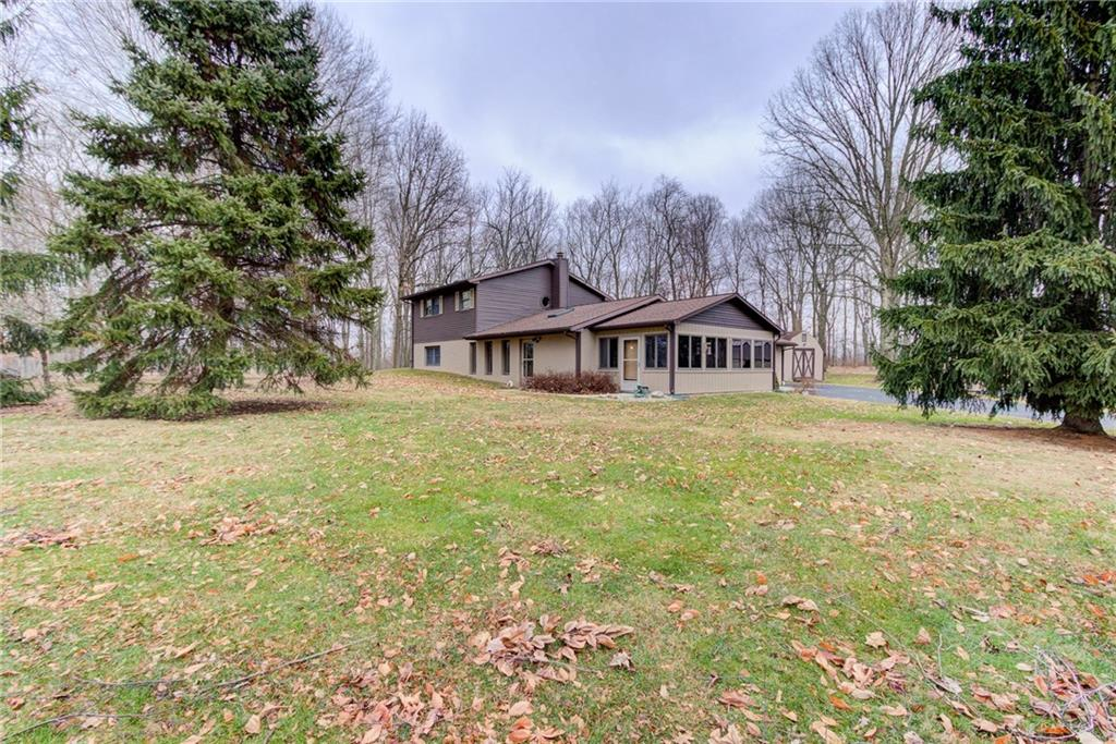 117 Kuebler Rd Blanchester, OH