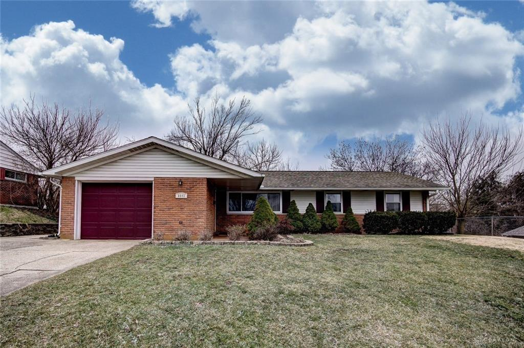 6693 Helwig Dr Huber Heights, OH