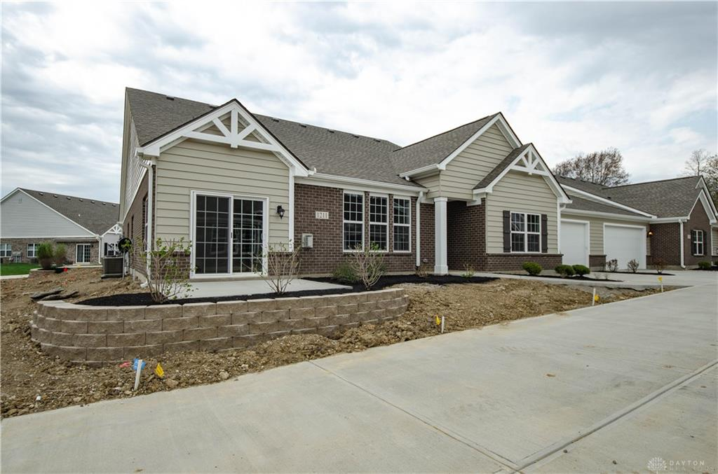 1211 Bourdeaux Way Clearcreek Township, OH