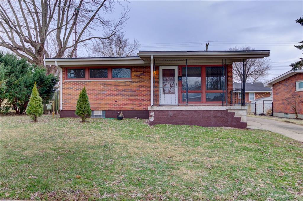 611 W Parkwood Ave Springfield, OH