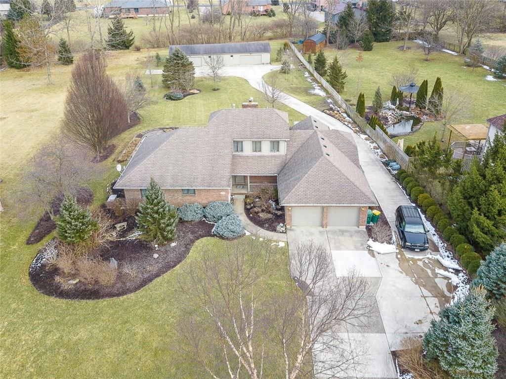 1378 Meadowlands Dr Fairborn, OH