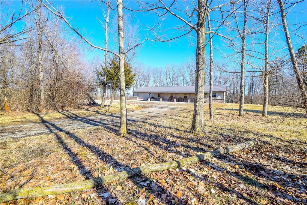 9502 County Rd 5 North Bellefountaine, OH