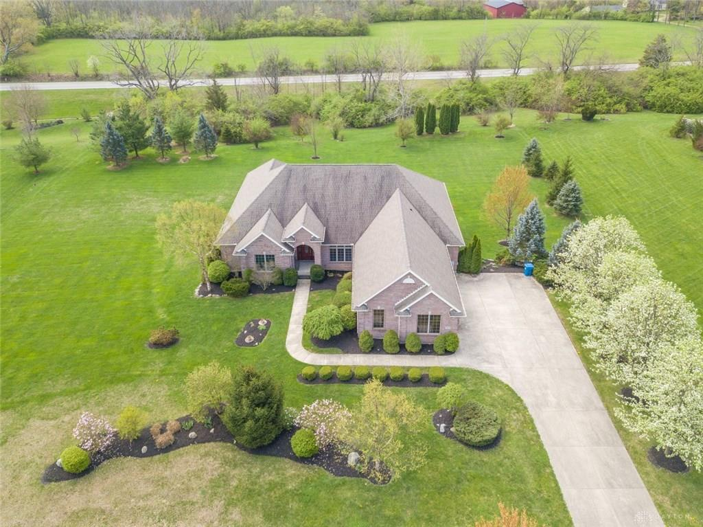 7864 Country View Ln Brookville, OH