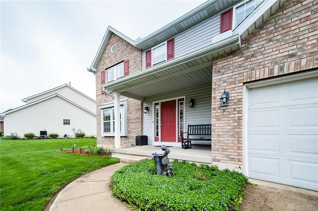Photo 3 for 6310 Sterling Woods Dr Clayton, OH 45315