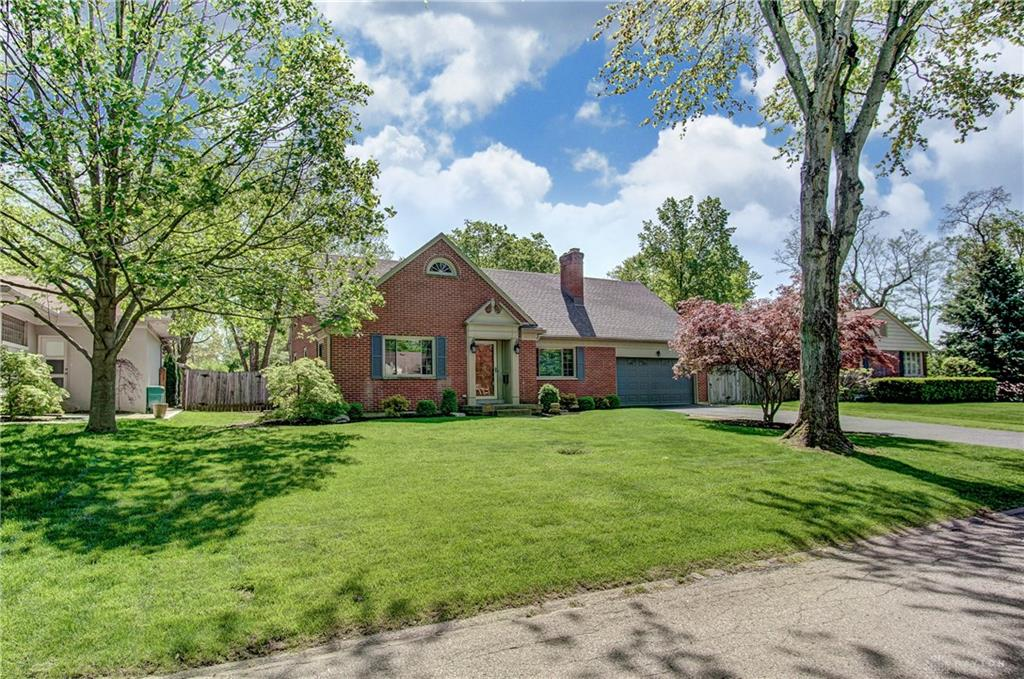 Photo 3 for 4070 Stonehaven Rd Kettering, OH 45429