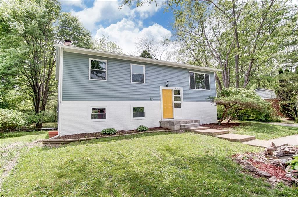 325 Whitehall Dr Yellow Springs, OH