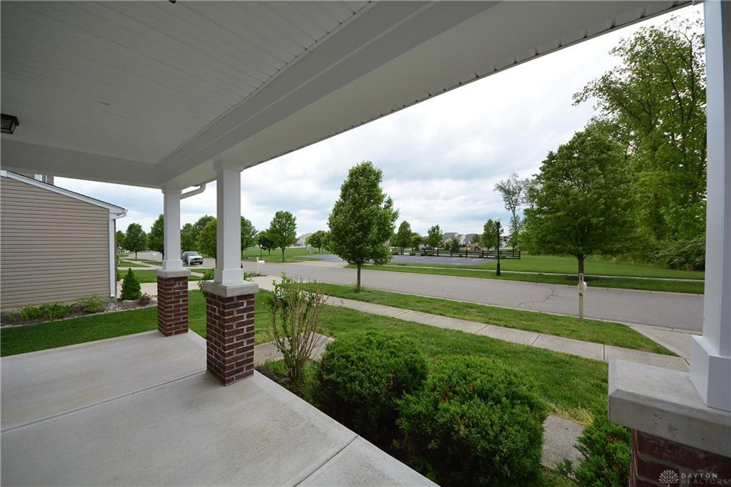 Photo 2 for 7921 Highbrook Dr Maineville, OH 45039