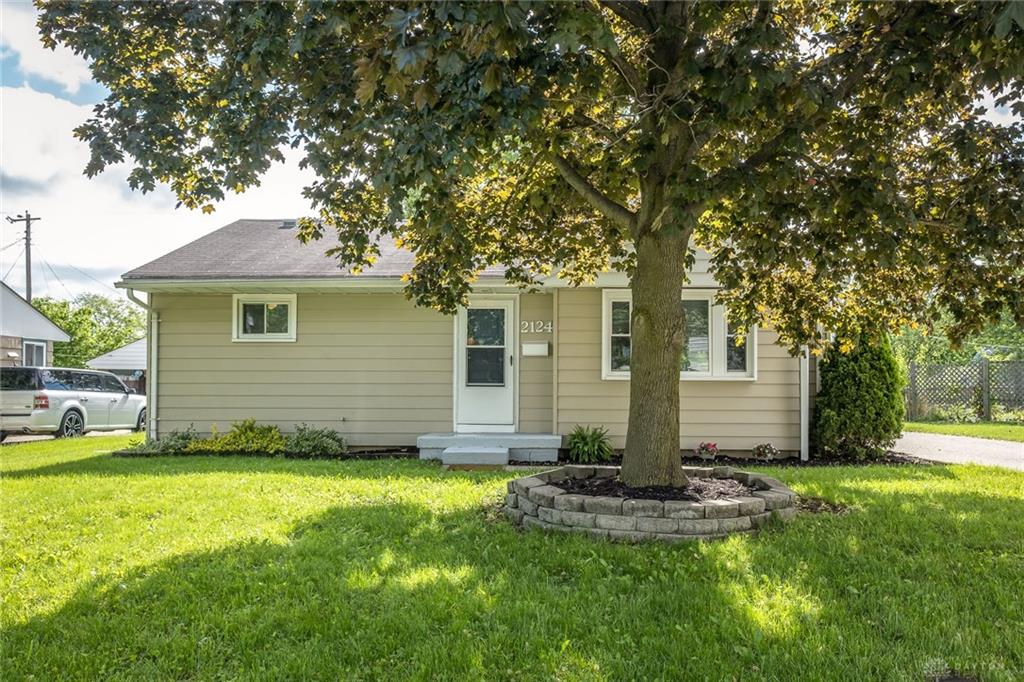 Photo 2 for 2124 Pittsfield St Kettering, OH 45420