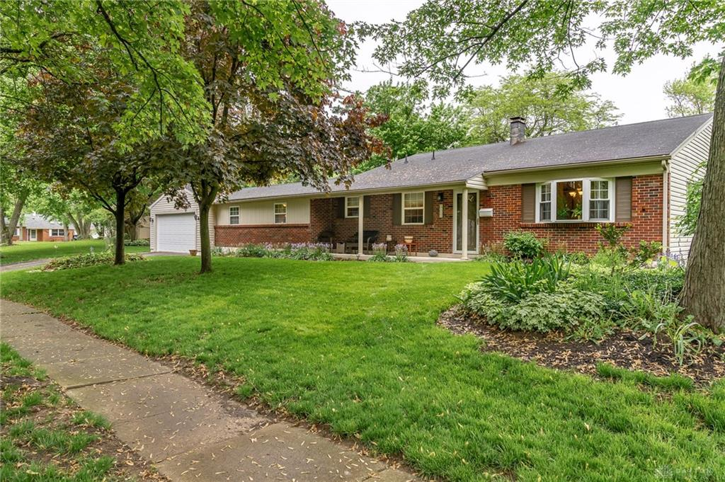 Photo 1 for 2115 Carol Pkwy Kettering, OH 45440