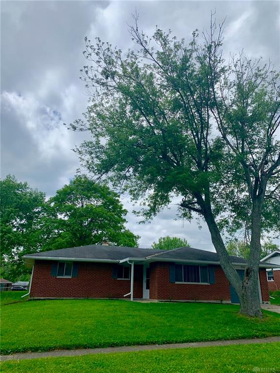 Photo 2 for 5725 Kendon St Dayton, OH 45414