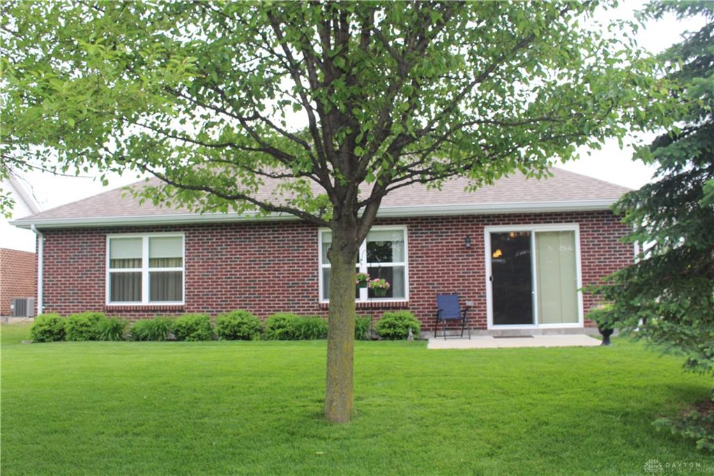 Photo 2 for 644 Willow Point Ct Troy, OH 45373
