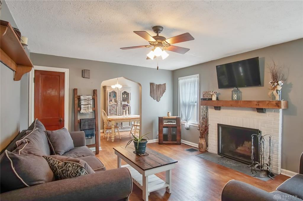 Photo 3 for 942 Weng Ave Dayton, OH 45420