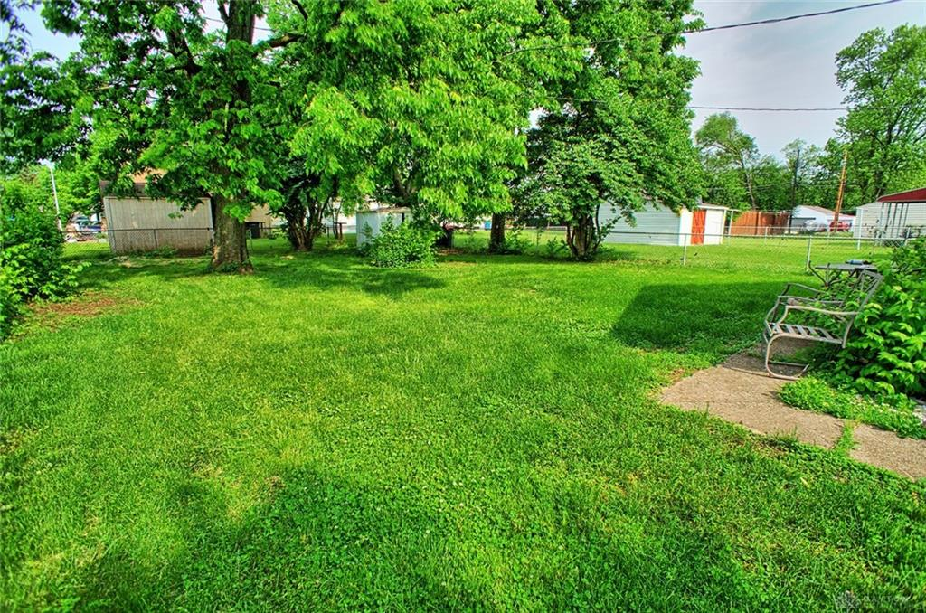 Photo 3 for 2713 Gladstone St Moraine, OH 45439