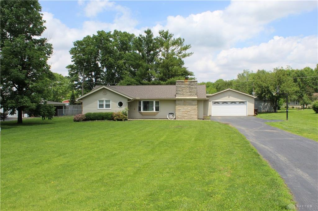 Photo 2 for 63 Maple Grove Rd Somers Twp, OH 45311
