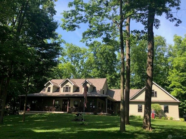 Photo 2 for 696 Stonecroft Dr Springfield, OH 45502