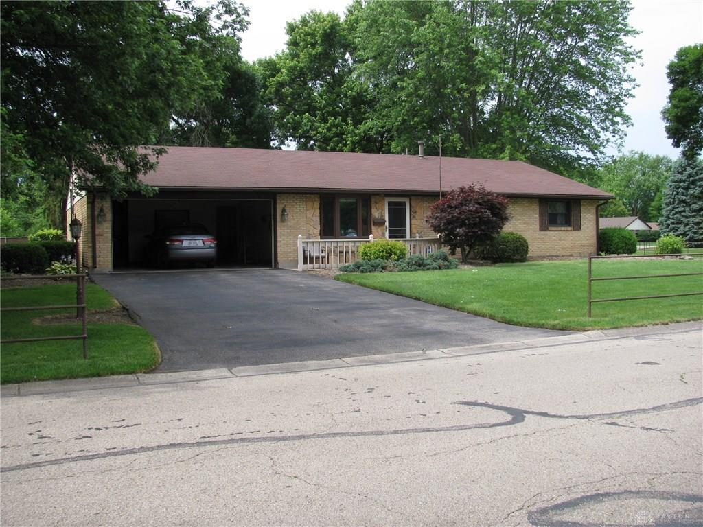 Photo 1 for 140 Cloverwood Dr Centerville, OH 45458