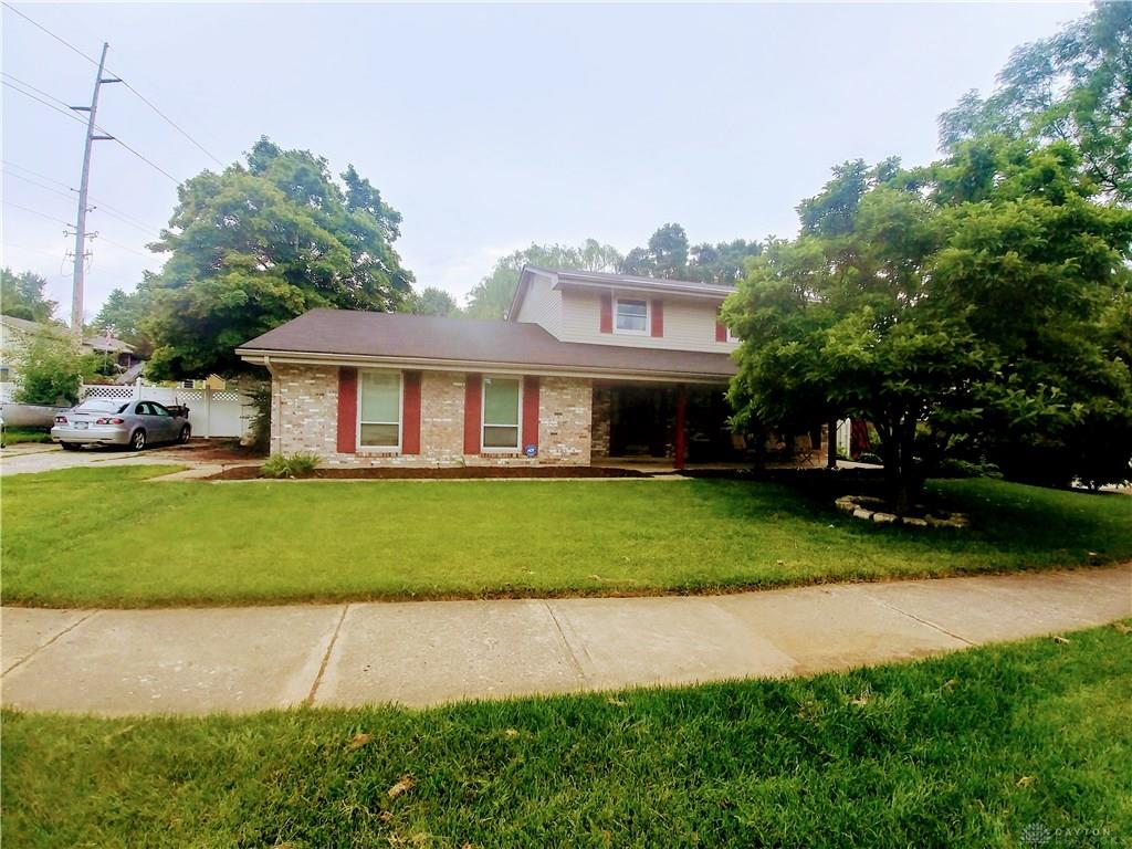 Photo 1 for 1431 King Richard Pkwy West Carrollton, OH 45449