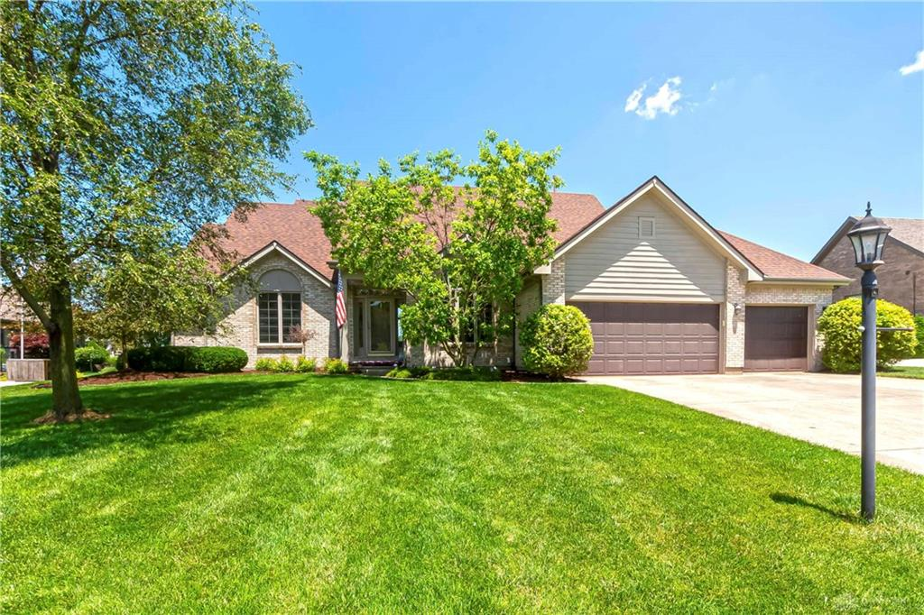 3 Fairwood Dr Miamisburg, OH