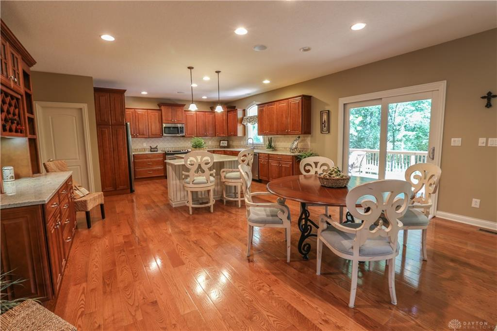 Photo 3 for 371 Yankee Trace Dr Centerville, OH 45458