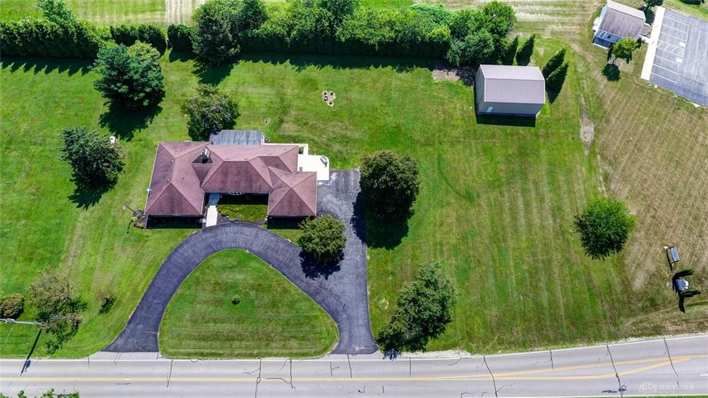 Photo 2 for 906 Quarry Rd Jamestown, OH 45335
