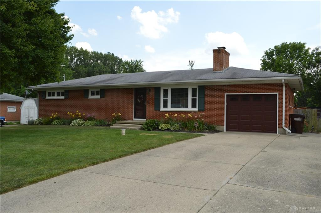 Photo 1 for 2725 Danbury Rd Springfield, OH 45505