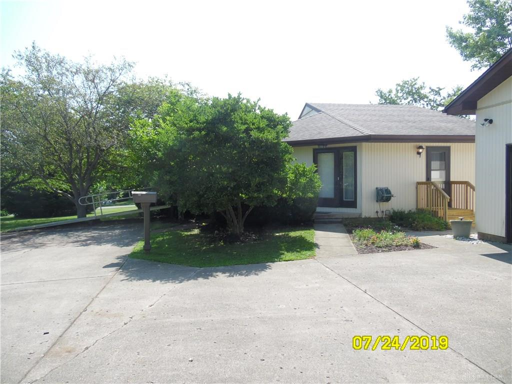Photo 3 for 118 Sail Dr Lakengren, OH 45320