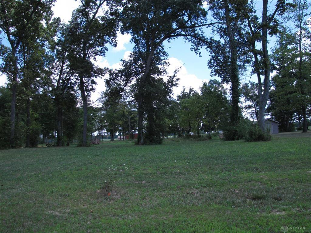Photo 2 for 5764 Hillgrove Cir #3 Fairborn, OH 45324