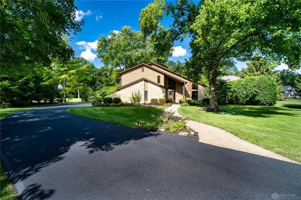 1750 W Alex Bell Rd Washington Township, OH