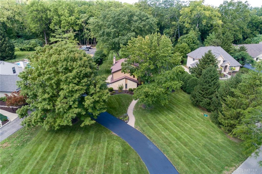 Photo 2 for 1750 W Alex Bell Rd Washington Township, OH 45459