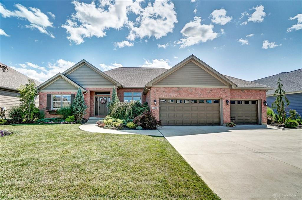 1300 Red Maple Dr, Troy, OH 45373 Listing Details: MLS