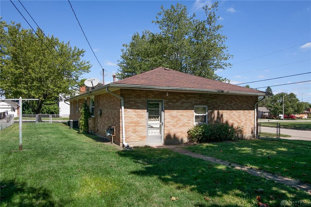 Photo 3 for 79 S Spring St West Milton, OH 45383