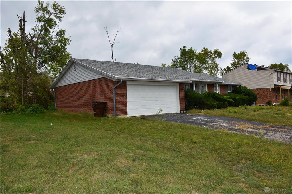 Photo 3 for 5646 Olive Tree Dr Trotwood, OH 45426