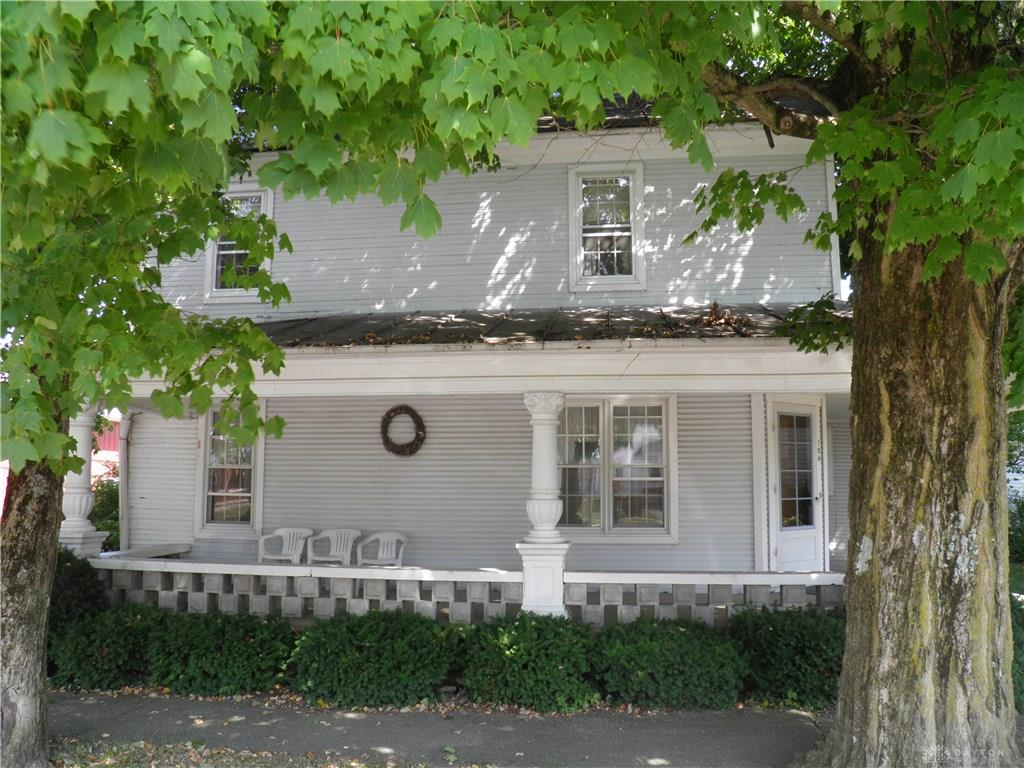Photo 2 for 104 N Main St Palestine, OH 45352