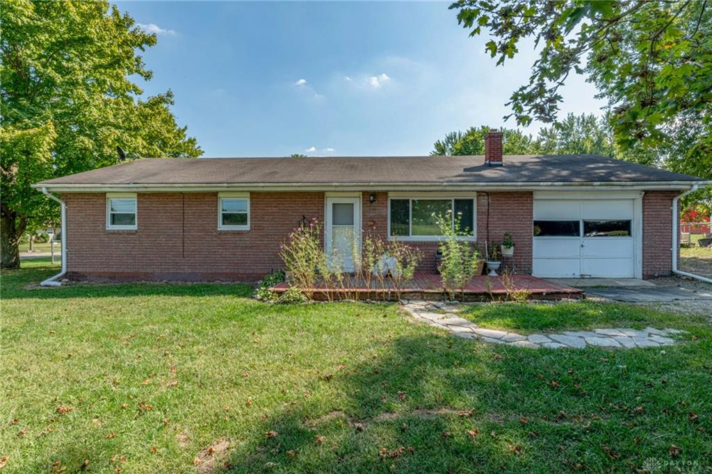 1724 Wolf Rd West Alexandria, OH