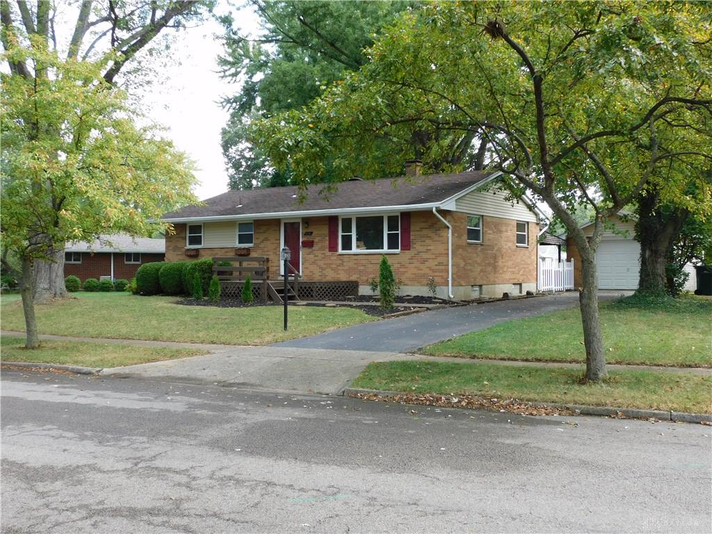 Photo 2 for 4724 Archmore Dr Kettering, OH 45440