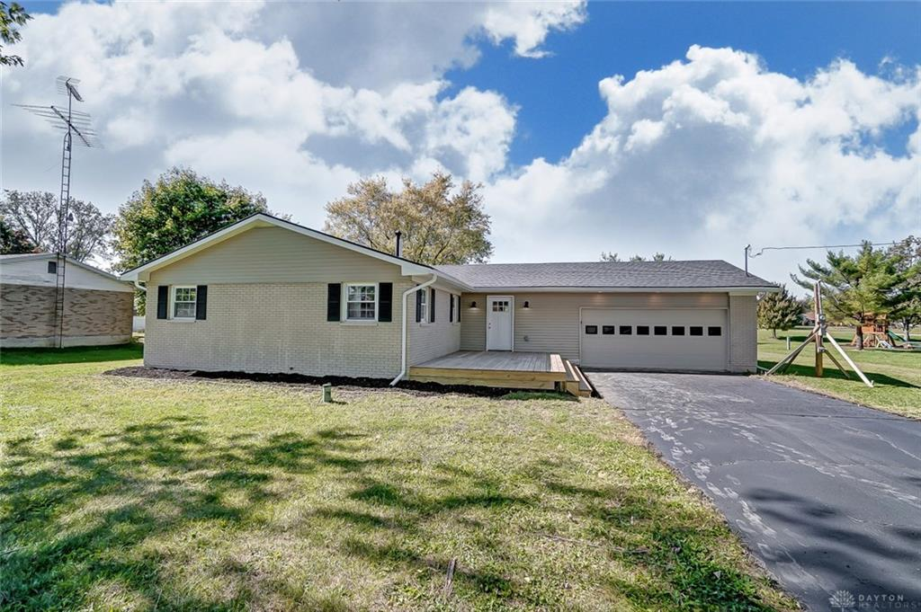 2831 Covina Dr Springfield, OH