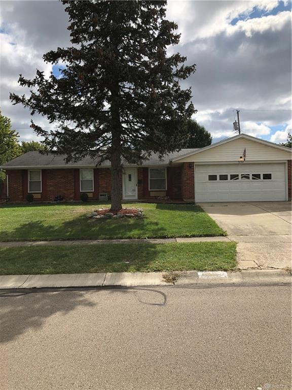 7242 Summerdale Dr Huber Heights, OH