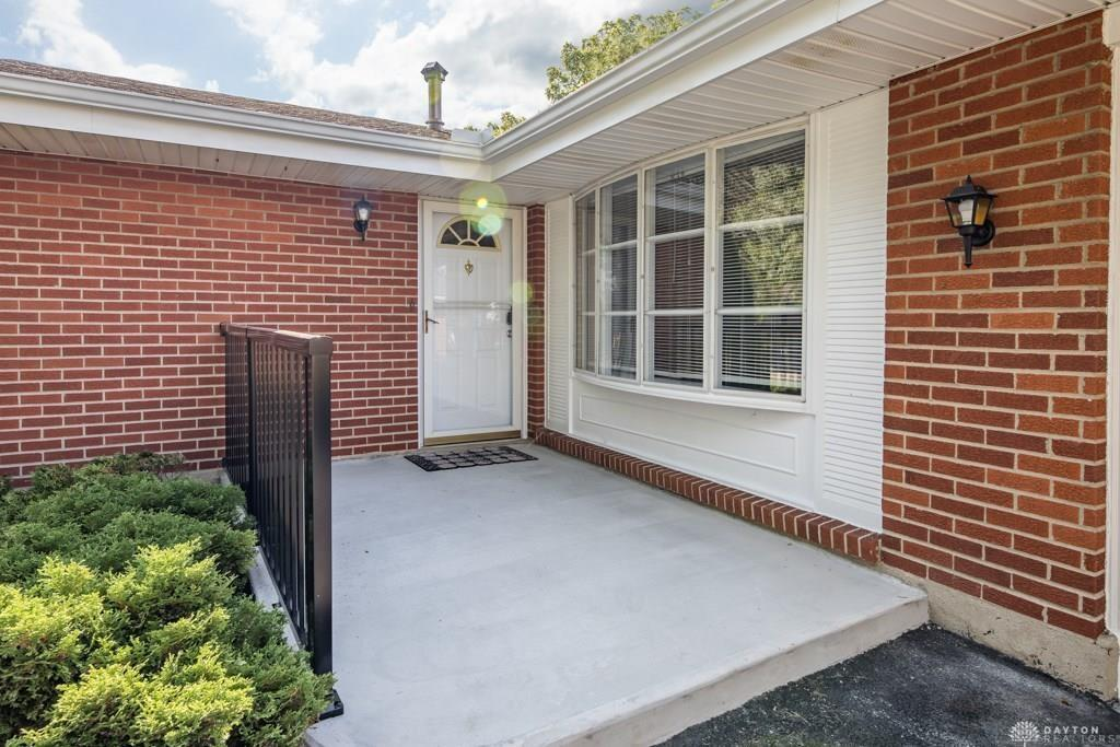 Photo 2 for 2832 Marigold Dr West Carrollton, OH 45449