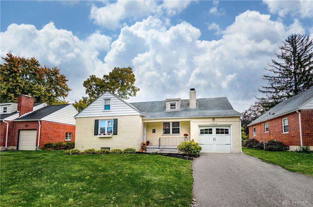 Photo 2 for 3130 Fairway Dr Kettering, OH 45409