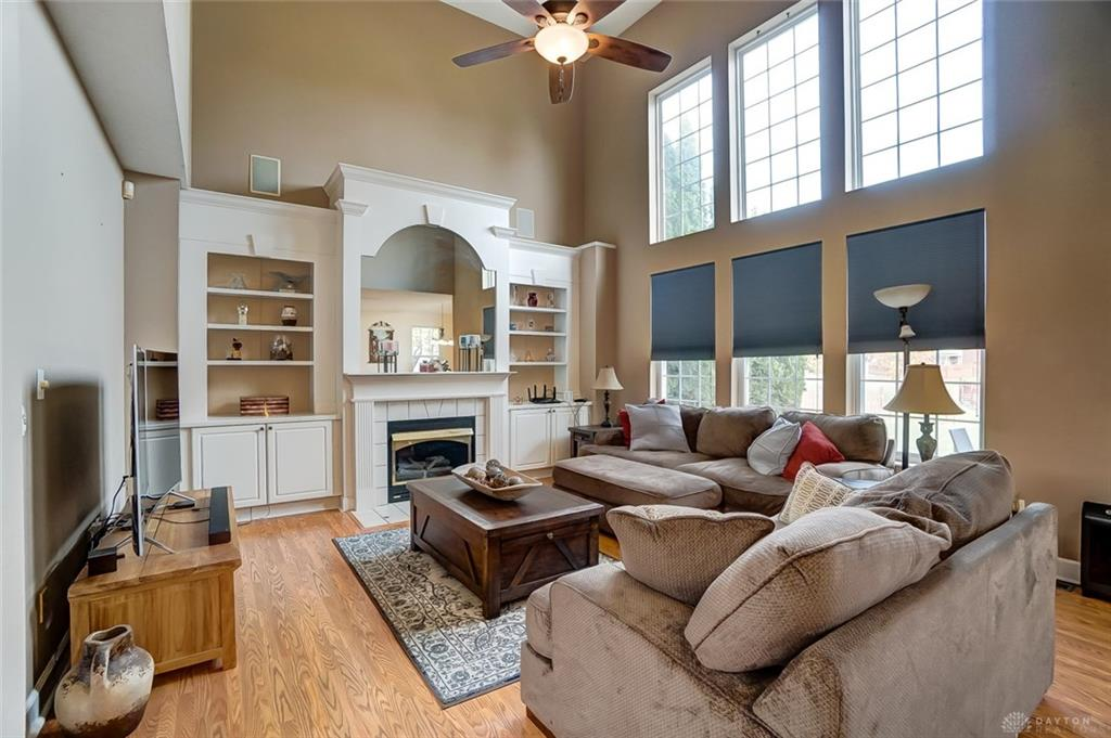 Picture of: 2988 Niagara Dr Beavercreek Oh 45431 Listing Details Mls 805146 Dayton Real Estate