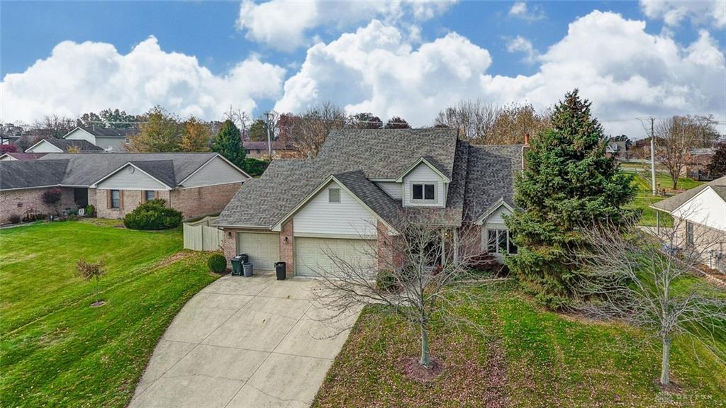 1035 Woods View Ct Miamisburg, OH