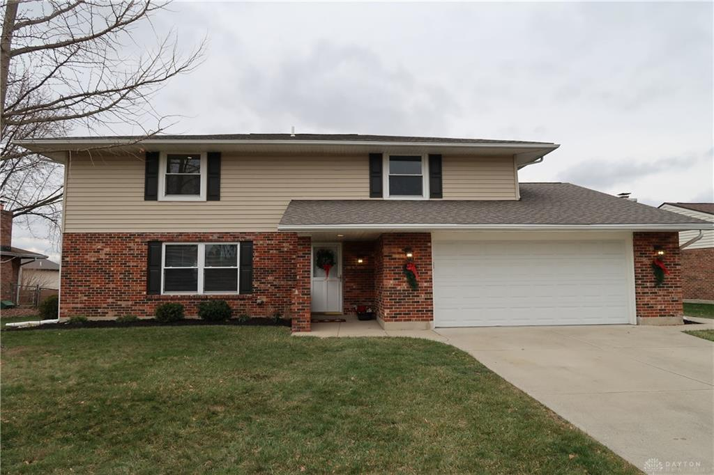 8871 Swinging Gate Dr Huber Heights, OH