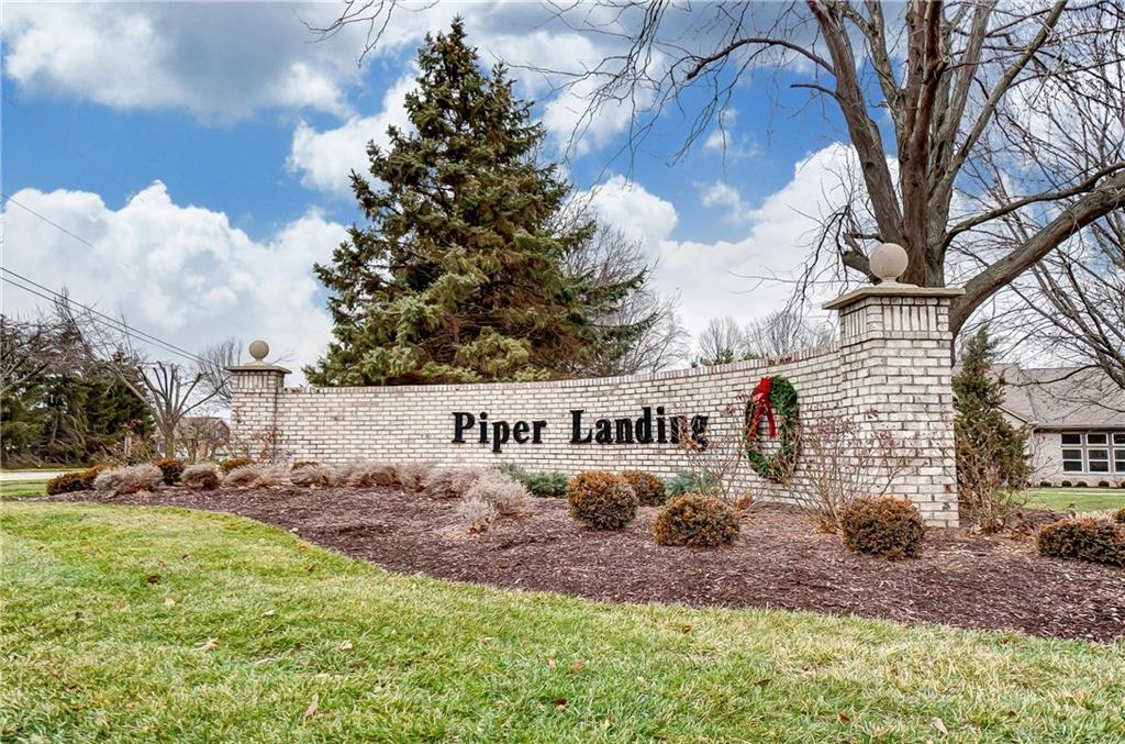 1705 Piper Ln #205