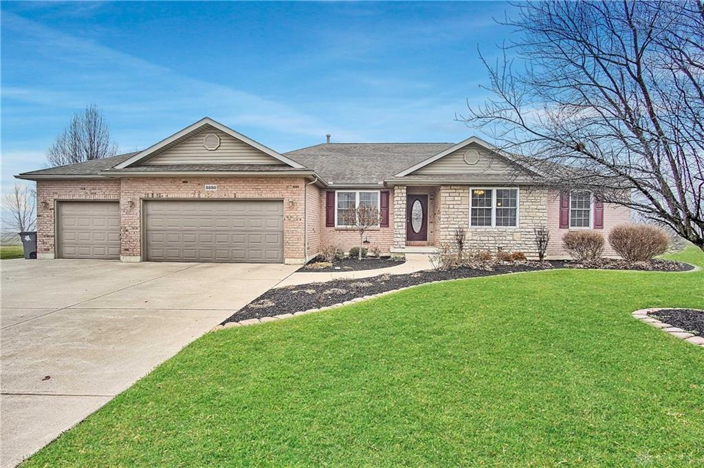 2820 Carriage West Ct Troy, OH