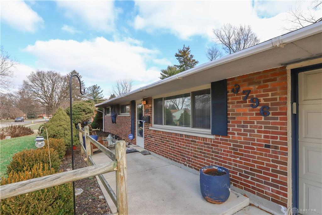 3796 Cordell Dr Kettering, OH