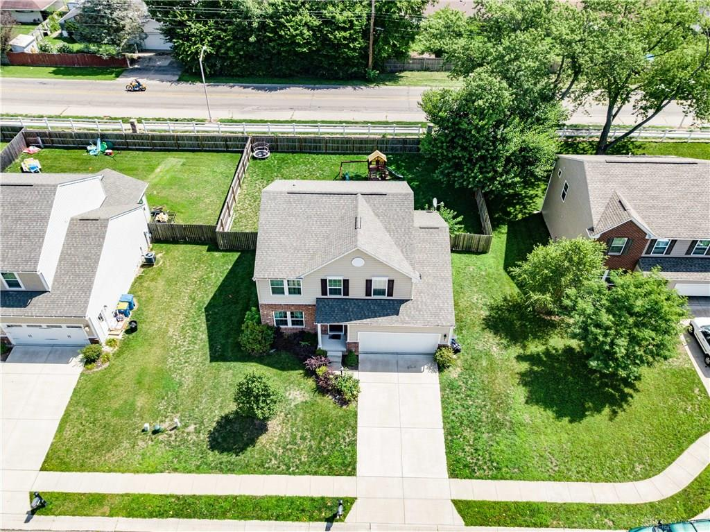 Photo 2 for 1105 Red Oak Ct Moraine, OH 45439