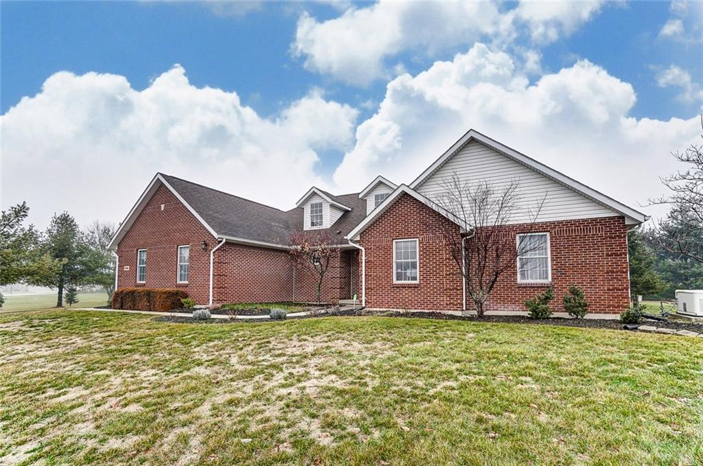 926 Timberview Springfield Township, OH
