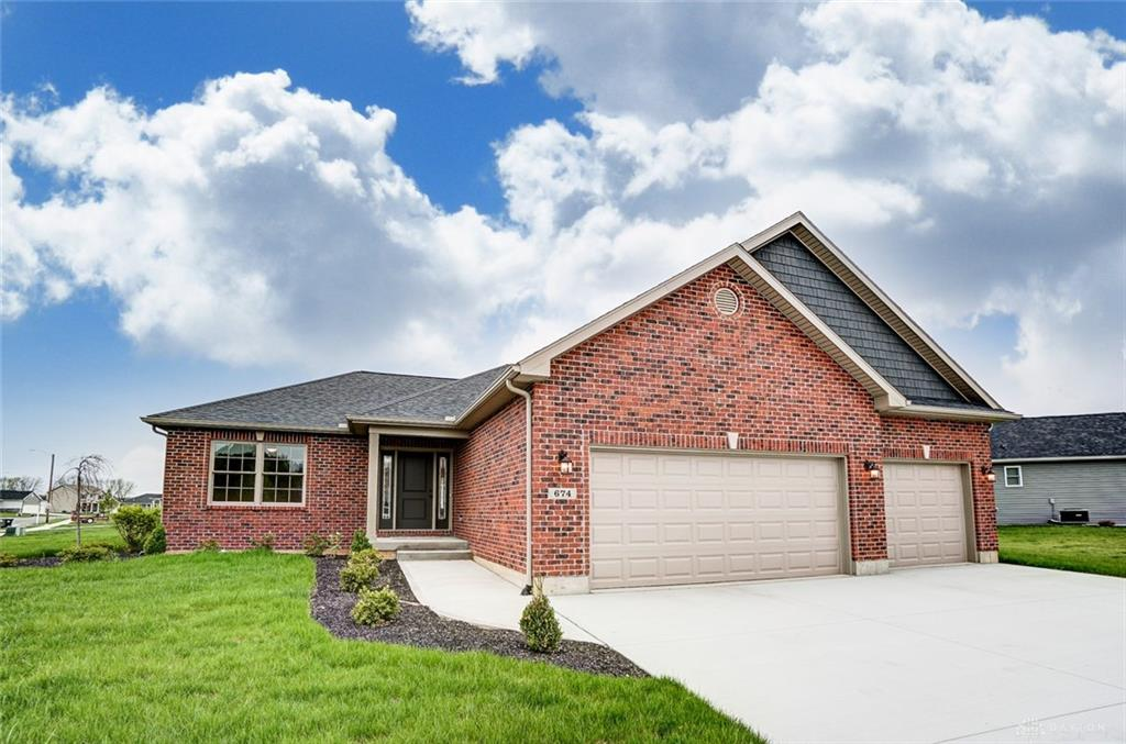 674 Whitechurch Way Troy, OH