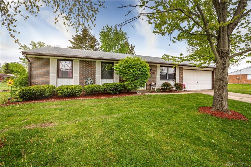 Photo 2 for 742 Heeter Dr New Lebanon, OH 45345