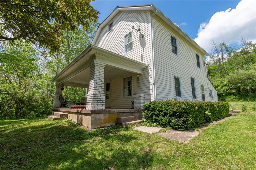 2320 State Route 725 Spring Valley Vlg, OH